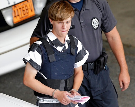 Government: Dylann Roof's Death Sentence Should Stand