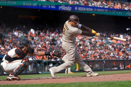 Tatis Hits 39th HR, Padres Beat Giants 7-4 To Gain On Cards