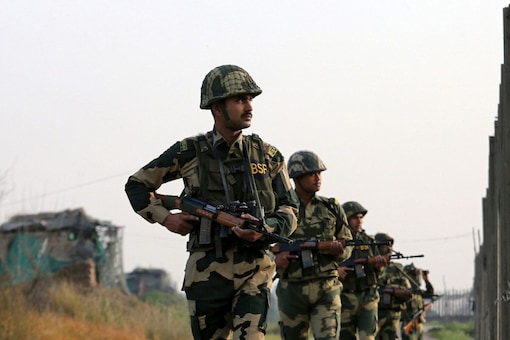 The general said, according to police, 60 to 70 foreign terrorists who are basically Pakistanis are likely present in the Kashmir valley. (Image for representation: REUTERS/Mukesh Gupta/File)