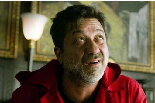 A down-right mean, shoddy character, Arturo Roman is a hated character from day one. (Image: Netflix/Twitter)