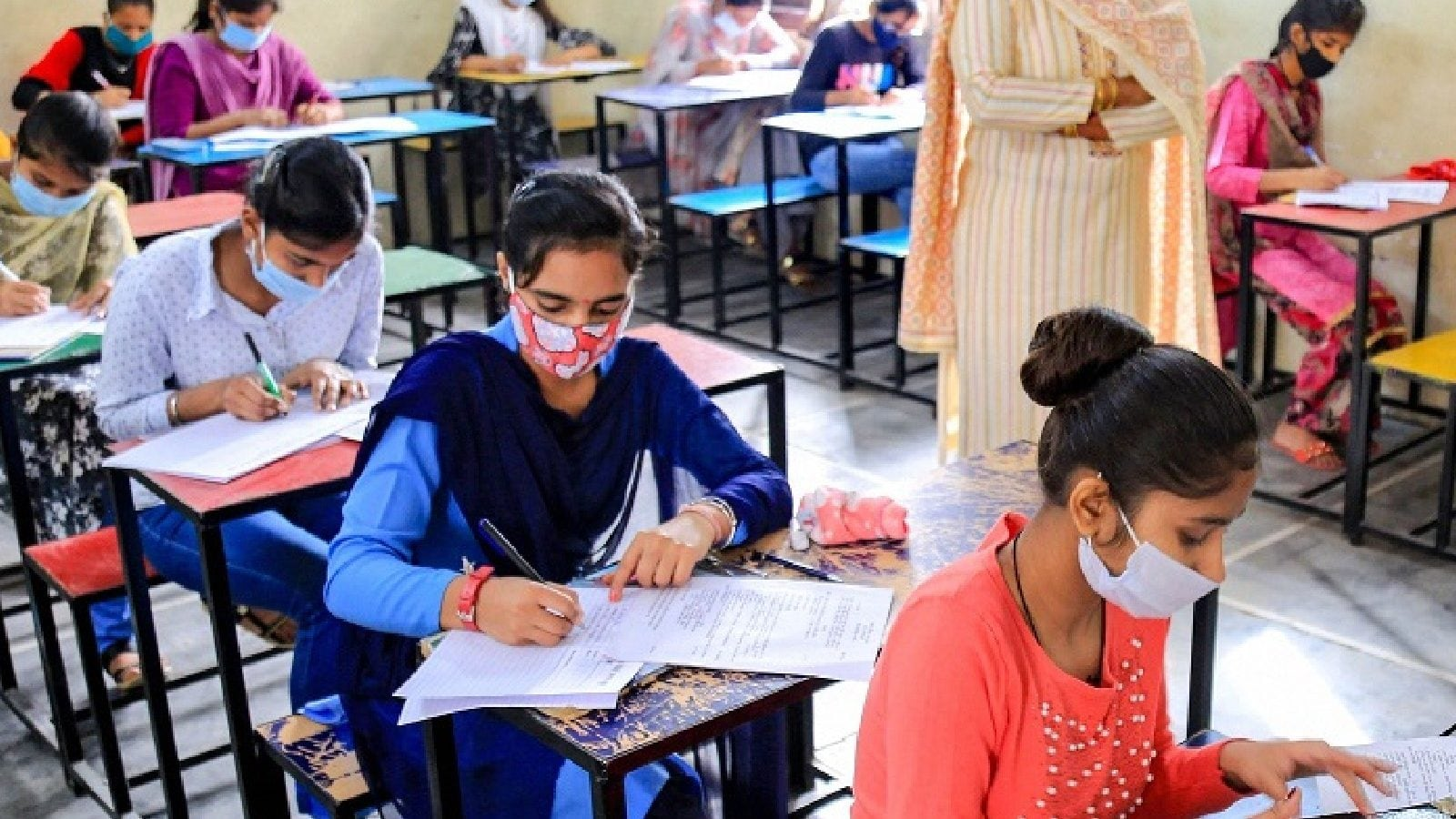 CBSE Private Students Claim Offline Exams Were Tough, Demand Grace Marks