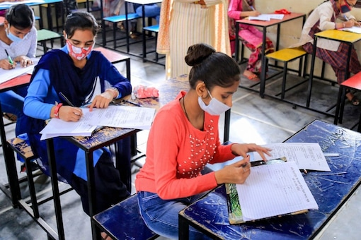 CBSE Board Exams 2022 to be held twice
