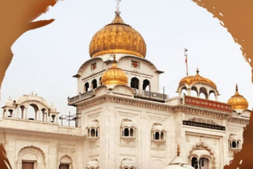 The order asked the management of Bangla Sahib Gurudwara to be closed for visitors with immediate effect. (Image: Twitter)