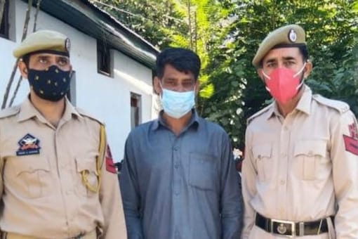 Ahmad becomes the fourth absconding militant arrested by police in the district since September 15. (Image: News18)