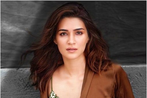 Kriti Sanon will be shooting for her action film Ganapath next with Tiger Shroff