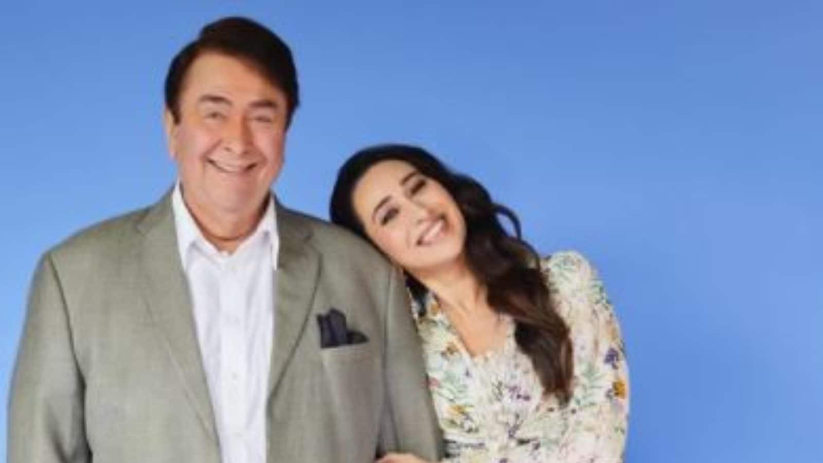 Kareena Kapoor Khan Showers Love on Karisma Kapoor, Randhir Kapoor as They  Head to The Kapil Sharma Show