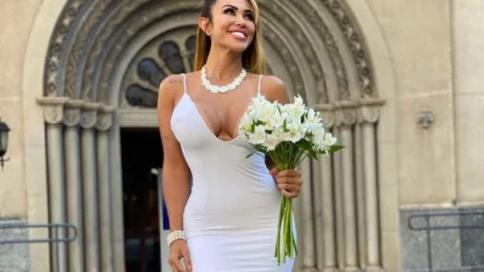 Brazilian Model, Who Married Herself, Gets Offer From Arab Sheikh. Read Her Reply