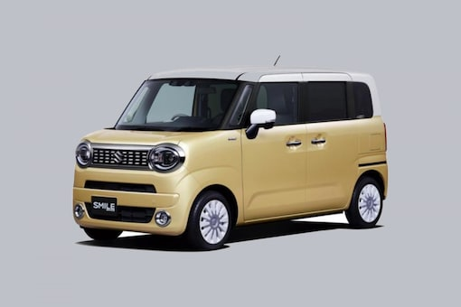 The Suzuki WagonR Smile will cost around 1.29 million yen to 1.71 million yen. In Indian currency, it would be approximately Rs 8.3 lakh to Rs 11.44 lakh.