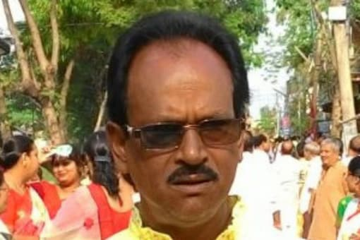 Nikhil Ranjan Dey on Monday said the top leadership had erred by inducting TMC leaders into the BJP before the assembly polls in West Bengal.