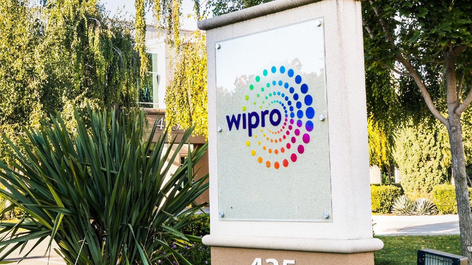 WIPRO Organizes National Talent Hunt for College Students, Winners to get Job