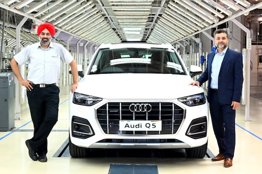 After having dropped its diesel variants last year, the facelifted Q5 is set to enter the Indian market in the coming weeks with revised styling and a sole petrol engine. (Image: Audi)