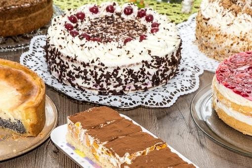 The man, who has been identified as Surya Raturi, was seen cutting 550 colourful cakes of different flavours. (Representational photo: Canva)