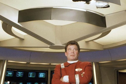 """This 1988 file photo shows William Shatner dressed as Capt. James T. Kirk at a photo opportunity promoting """"Star Trek V: The Final Frontier."""" Credits: AP Photo"""