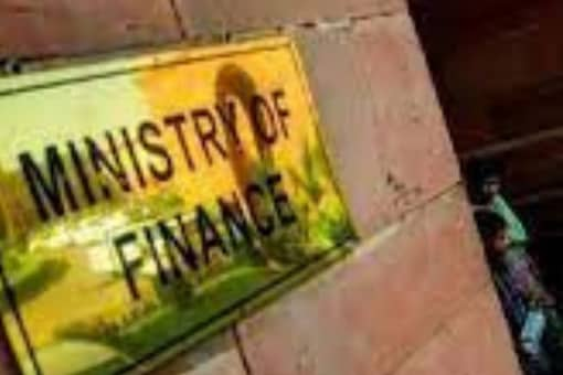 The advisory of the ministry follows Parliament's approval to a bill to allow privatisation of state-owned general insurers in August in line with the Budget announcement. (Image: News18)