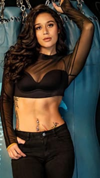 Bollywood Stars Who Love To Flaunt Their Washboard Abs