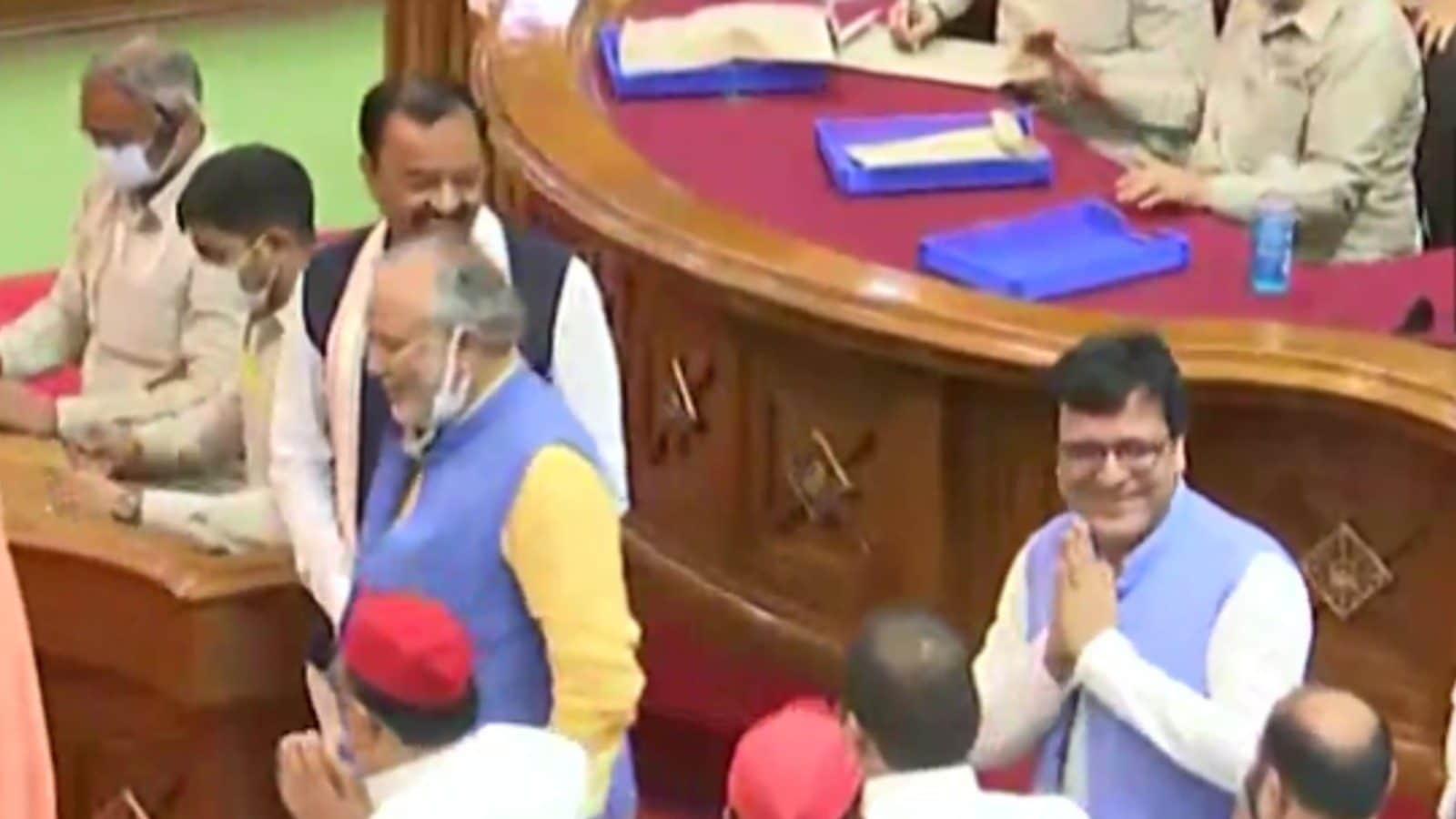 Samajwadi Party Rebel Nitin Agarwal Elected Deputy Speaker of UP Assembly