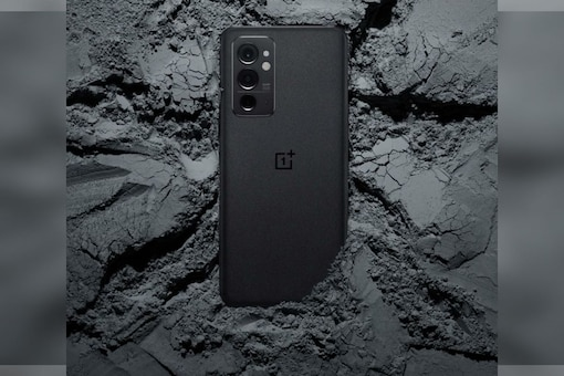 OnePlus 9RT was launched alongside the OnePlus Buds Z2. (Image: OnePlus)