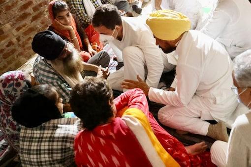 Congress leaders Rahul Gandhi and Priyanka Gandhi Vadra meet families of the farmers killed in the Lakhimpur Kheri incident, on October 6, 2021. (Twitter/@INCIndia)