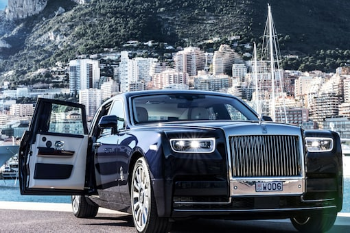 Amjad Sithara who owns a firm named BCC group gifted a Roll Royce Wraith Black Badge car to his wife named Marjaana on her 22nd birthday. (Credits: Shutterstock)