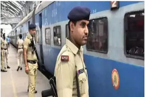 The senior officials of the RPF and RPSF have been asked to strictly follow the recently issued guidelines and inform all personnel of the security force.