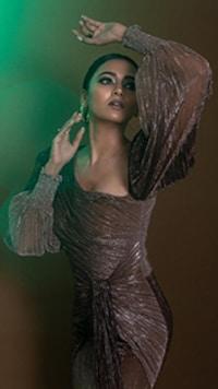 Tejasswi Turns Heads, Courtesy Fashion Choices