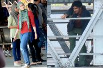 Ranveer Singh, Alia Shoot 'Gully Boy' at Mumbai Raliway Station