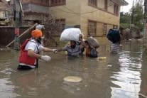 Kerala Floods: Khalsa Aid Volunteers Help Flood Victims