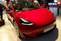 Paris Motor Show 2018: Tesla Model 3 All-Electric Sedan Showcased - Image Gallery