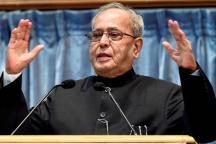 Pranab's Visit to RSS Headquarters Comes as BJP Tries to Gain Foothold in Bengal