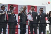 Auto Expo 2018: Akshay Kumar Spills the Beans on Honda X-Blade and Gives Tips on How to Ride Safely