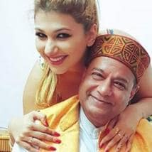 Anup Jalota breaks-up with Jasleen Matharu