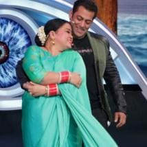 Bharti Singh turns fortune teller