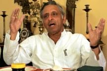OPINION | From Hafiz 'Sahab' to Mughal Kings, Mani Shankar Aiyar Keeps the Gaffes Coming