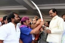 KCR's Quick Maths Shows Him the Way to Destination Delhi in 2019