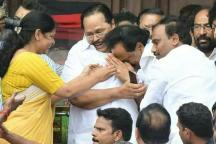 MK Stalin Breaks Down Upon Learning Madras Court Ruling Allowing Karunanidhi Burial at Marina