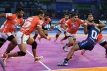 Pro Kabaddi League 2018: Gujarat Pip Pune 32-28 to Register First Win