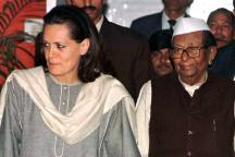 Dhoti Pulled, Nameplate Removed: How Nehru-Gandhi Loyalists Ousted Last 'Outsider' From Top Job