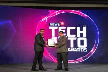 Cheaper Green Vehicles Need of Hour, Not Driverless Cars, Says Gadkari at News18's Tech and Auto Awards