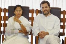 No, Rahul Gandhi and Mamata Banerjee Were Not Waiting to Meet Imran Khan; Viral Photo Proven Fake