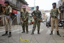 After Kashmir Curfew Eased, People Offer Friday Prayers as Security Forces Remain on High Alert