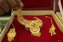 India gold demand to slow as disposable income drops