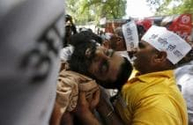 Martyr status to farmer who committed suicide at AAP rally? Delhi HC seeks reply from Centre