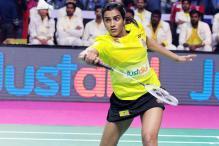 PBL 2017: Sindhu Beats Saina To Guide Chennai Smashers to Final