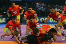 Gujarat Fortunegiants Enter Final, Thrash Bengal Warriors 42-17