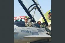 Shahid Khaqan Abbasi Becomes 1st Pakistan PM to Fly in F-16 Fighter Jet