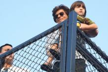 Shah Rukh Khan's Selfie With 'Skiing Champion' AbRam Goes Viral
