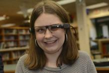 Student Receives Virtual Reality Glasses to Help Sight