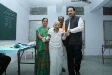 PM Narendra Modi's Mother Casts Her Vote in Gujarat Elections