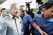 On the Stump at 92: Malaysia's Mahathir Woos Key Rural Voters