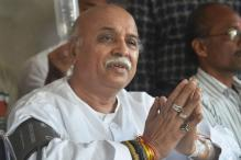 VHP Leadership Impasse Worries RSS as Pravin Togadia Wants to Stay Put
